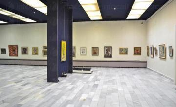 Изложба на живопис, графика и скулптура в Пазарджик