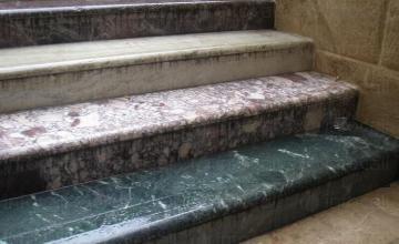 Изработка на стъпала от мрамор и гранит в Шумен