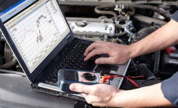 Компютърна диагностика на бензинови автомобили във Варна