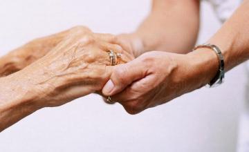 Медицински грижи за възрастни хора в София-Бояна - Фондация Дълголетие - Свети Мина