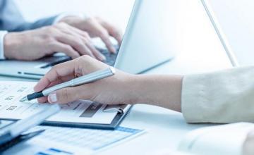 Оценка на риска в обслужваните фирми по договор