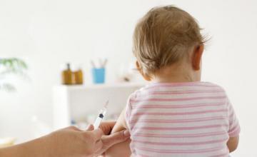 Поставяне на ваксини и имунизиране на деца в Пловдив - Доктор Костадинка Гьошева