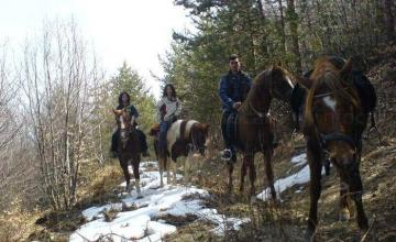 Преходи за конна езда в Бачево, Разлог, Банско - Русалиите