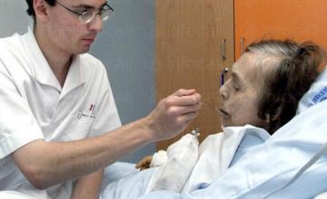 Професионални здравни грижи и рехабилитация за тежко болни - Хоспис - Елена