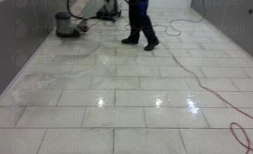 Професионално основно почистване на офиси в Бургас