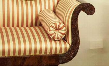 Реставрация на старинни мебели в София