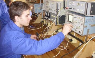 Специалност Електрообзавеждане на производството - ПГ Атанас Дамянов Николаево
