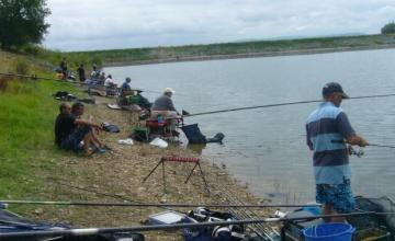 Спортен риболов в Стражица - Мони 99 ЕООД