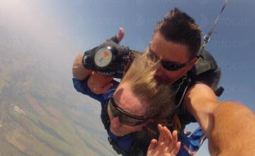 Тандемен скок с парашут в Ерден-Монтана
