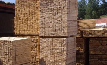 Транспортиране дърва за огрев Сърница