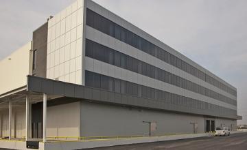 Вентилируеми фасади от керамика и алуминиеви композитни панели в София-Орландовци - ЯК ТРЕЙДИНГ ЕООД