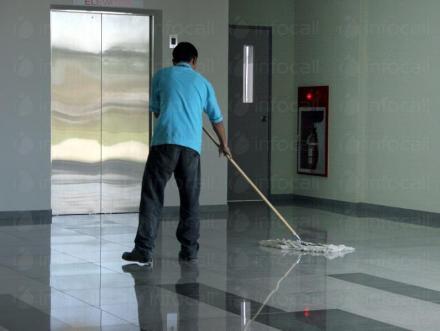 Абонаментно почистване на входове в София - Клас Перфект ООД