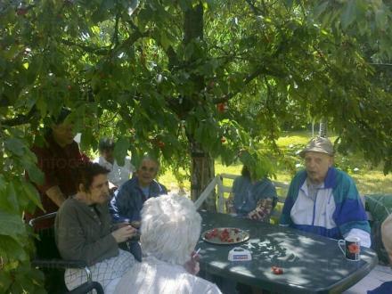 Грижа за болни хора в община Костинброд - Безден