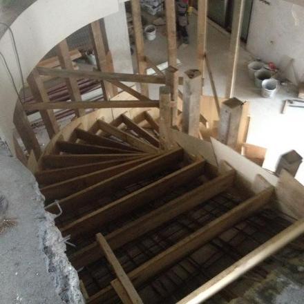 Груб строеж в Плевен - Ремонт сгради - Вивал 38