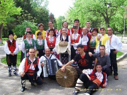Група за автентичен фолклор - НЧ Зора 1894 Шабла