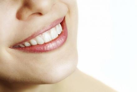 Избелване на зъби в Стара Загора - Доктор Асенка Сиврева