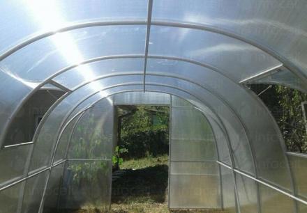 Изграждане и продажба на нови поцинковани оранжерии в Нови Искър - Парник БГ  ООД