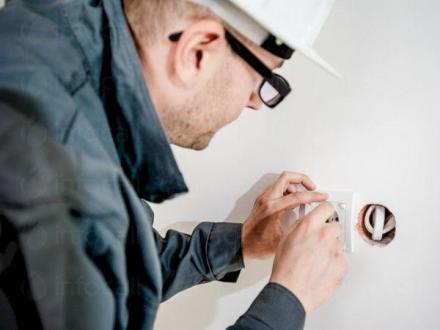 Изграждане на електрически инсталации Пловдив - Електро ОМ 2014 ЕООД