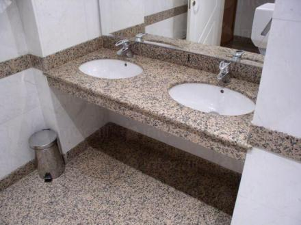 Изработка мраморни плотове за баня Бургас, Поморие и Слънчев бряг - Стоун Трейд ЕООД