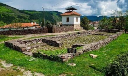 Католическа катедрала Санкта Мария - Исторически музей Чипровци