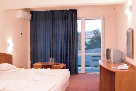 Нощувки в Приморско - Хотел Белица