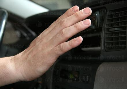 Обслужване и сервиз на автоклиматици на леки и товарни автомобили в Добрич - Адмирал Солар ЕООД