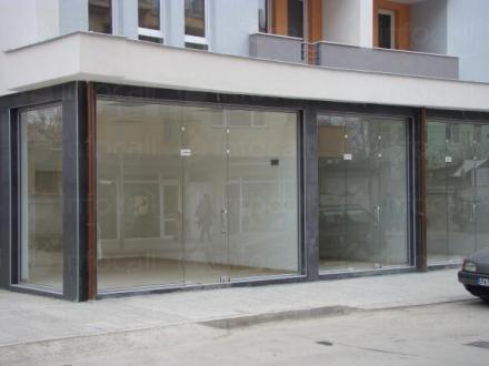 Продажба и монтаж на стъклени витрини в Пазарджик - Мастер ЕООД