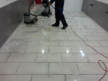 Професионално основно почистване на офиси в Бургас - Дарко Къмпани  ЕООД