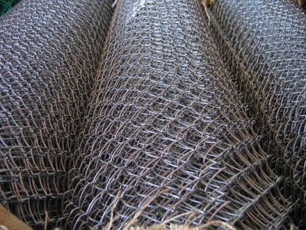 Производство и продажба на оградни мрежи в Дупница - Строителни материали Дупница  ЕООД