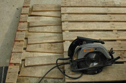 Производство на дървени скари в София-Сердика - Ниа Мет ЕООД