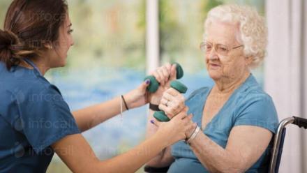 Психологическа подкрепа в дом за възрастни хора - ДВФУ Ясна Поляна