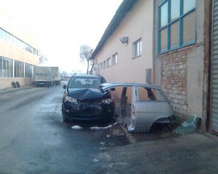 Ремонт на капак и калници на автомобили в Пловдив - ДИЧЕВИ 67 ООД