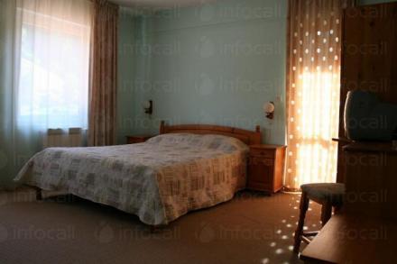 Семейна почивка планина в Родопите Чепеларе - Семеен хотел Шоки