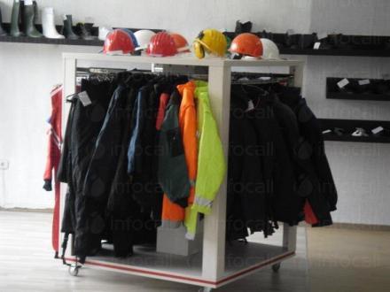 Търговия с работно облекло в Русе и Велико Търново - ДАКС