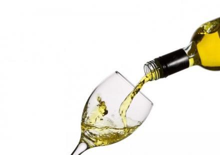 Търговия с вино в София и Хисар - ТРИАДА 96 АД